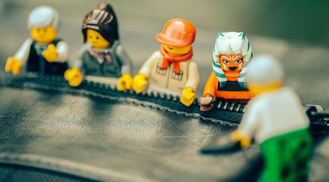 Weltenbau im Team: 5 Probleme, 5 Lösungen